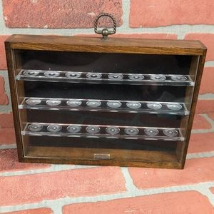 VINTAGE Wood & Plexi Glass Thimble Display Case